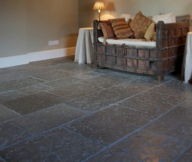 How darker shade of floor can warm up a space