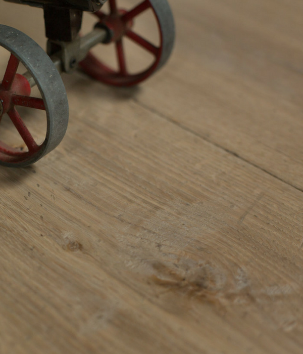 Generations Silvered Oak Flooring Detailed Photograph